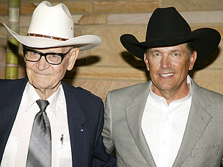 George Strait Cancels CMT Awards Performance After Father's Death | George Strait
