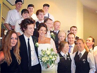 VIDEO: Harry Styles Serves as Best Man in Mom's Wedding
