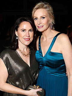 Jane Lynch and Lara Embry Are Ending Their Marriage | Jane Lynch