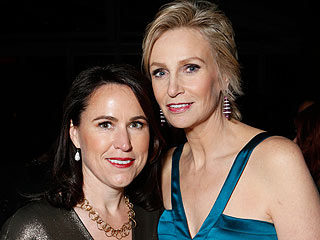 Jane Lynch on Her Divorce: 'It's Not a Horrible Thing' | Jane Lynch