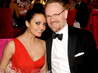 Mad Men's Jared Harris Is Engaged – See the Engagement Bling Up Close!