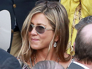 PHOTO: Jennifer Aniston & Justin Theroux Shine at Lake Bell's Wedding | Jennifer Aniston, Justin Theroux