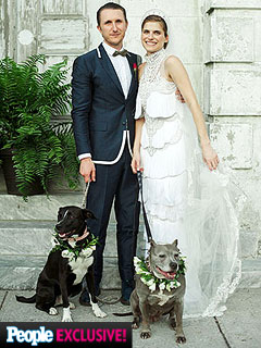PHOTO: See Lake Bell's Unique Wedding Gown – and the Couple's 'Dogs of Honor'