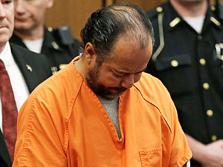 Ariel Castro Pleads Not Guilty in Ohio Kidnapping Case