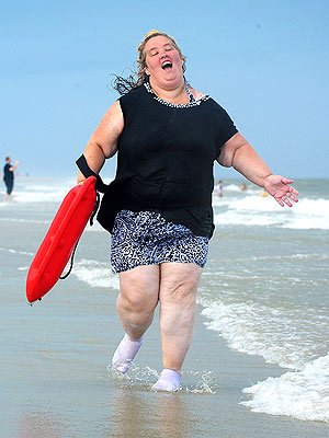 Mama June on the Beach Photos - Pictures of Honey Boo Boo Family