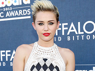 Miley's 'Worried' About Sister During Parents' Divorce