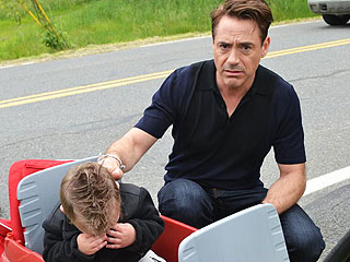 PHOTO: Robert Downey Jr. Tries to Cheer Up a Young Iron Man Fan