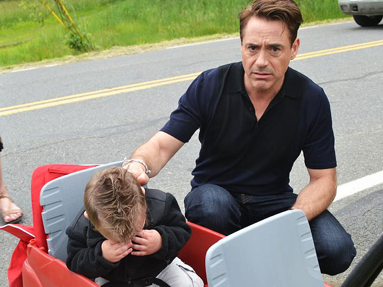http://img2.timeinc.net/people/i/2013/news/130624/robert-downey-jr-768.jpg