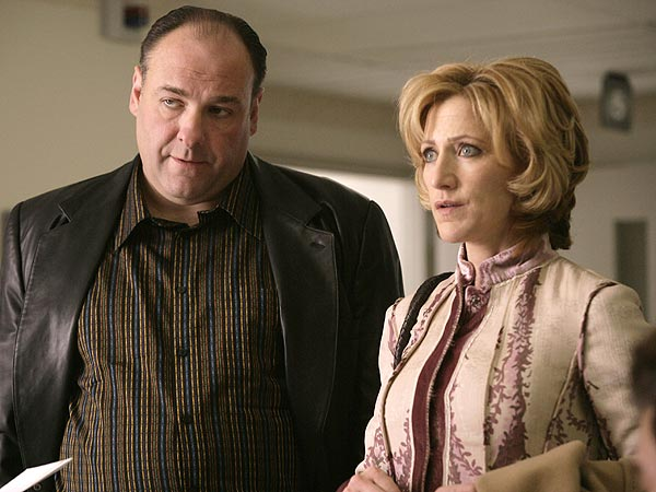 Edie Falco Remembers James Gandolfini's 'Tremendous Depth and Sensitivity'| Death, Tributes, The Sopranos, TV News, Edie Falco, James Gandolfini