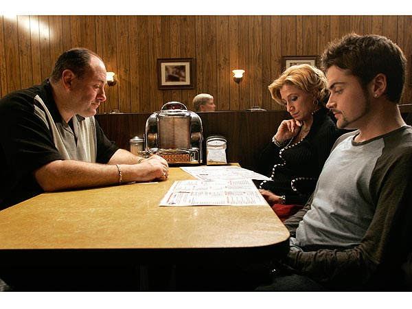 Restaurant Where James Gandolfini Filmed Final Sopranos Scene Keeps Booth 'Reserved'| HBO, Death, The Sopranos, Edie Falco, James Gandolfini, Jamie-Lynn Sigler, Robert Iler