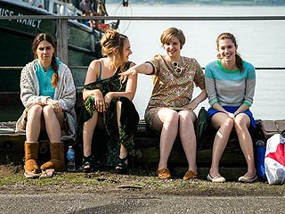 Watch Lena Dunham Dance, Cry and Get Her Head Stuck in Girls Season 3 Trailer