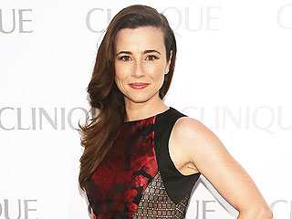 Linda Cardellini Says She's Marrying Her Childhood Crush