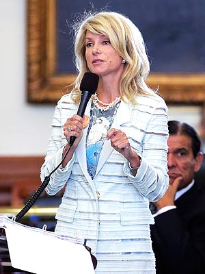 Wendy Davis Gets Instant Twitter Fame for Her Filibuster in Texas