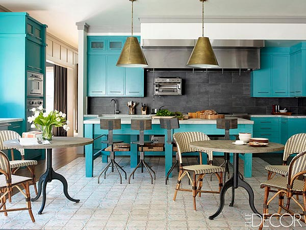 Bobby Flay Reveals Dream Kitchen in His Hamptons Home| Celeb Real Estate, Bobby Flay