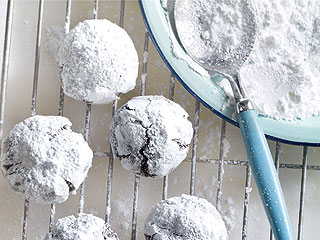 Make Carla Hall's Crinkle Cookies