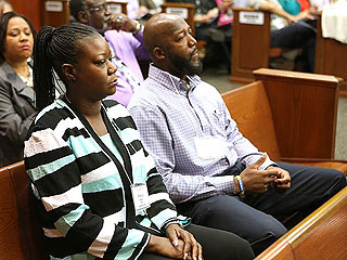 Trayvon Martin's Mother, Brother Testify His Screams Were on 911 Tape