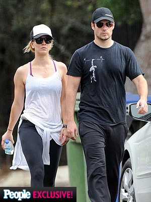 Henry Cavill U0026 Kaley Cuoco Photo Go Hiking In L A