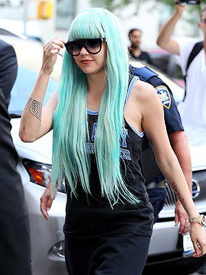 Amanda Bynes Placed on 72-Hour Mental Lockdown