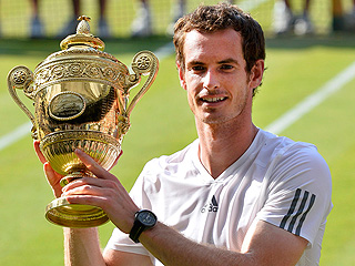 Oops! Andy Murray Almost Forgot to Hug His Mom After Historic Win | Andy Murray