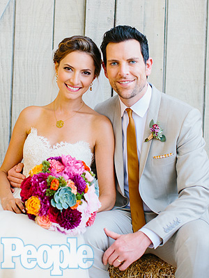 The Voice Finalist Chris Mann Marries Laura Perloe