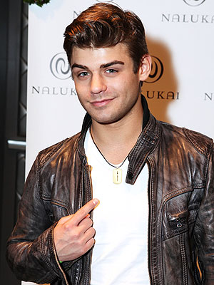 Garrett Clayton: Could He Be Disney's New Zac Efron?| Disney Channel, Movie News, TV News, Garrett Clayton, Zac Efron