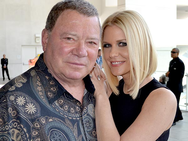 Carrie Keagan's Comic-Con Blog: William Shatner Sings!