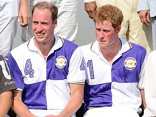 Prince William 'Glowing' as He Awaits Royal Baby | Prince Harry, Prince William