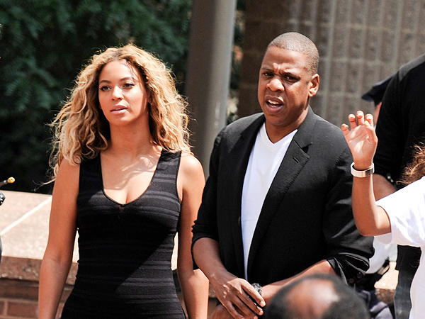 Beyoncé & Jay Z Dine at Popular Vegan Eatery Same Day They Announce New Diet | Beyonce Knowles, Jay-Z