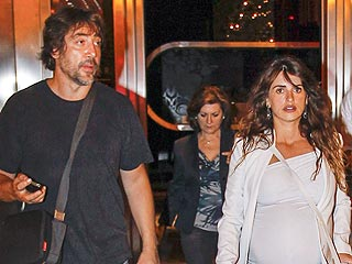 Penélope Cruz Is Very Pregnant ... in Platforms! | Penelope Cruz