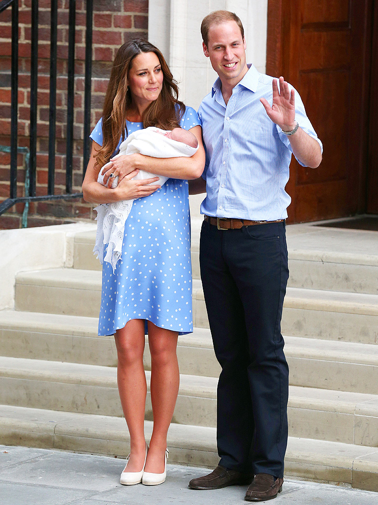 Royal Baby Appearance: Kate Middleton Blue Jenny Packham Dress.
