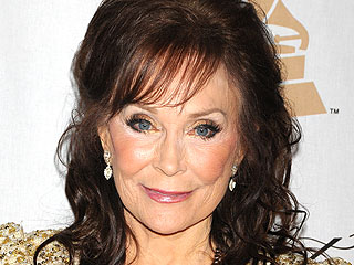 Loretta Lynn's Oldest Daughter Dies