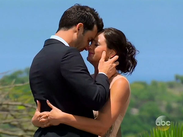 The Bachelorette : Desiree Hartsock Chooses Chris Siegfried