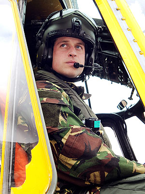 William's Paternity Leave Ends & He Returns to Royal Air Force