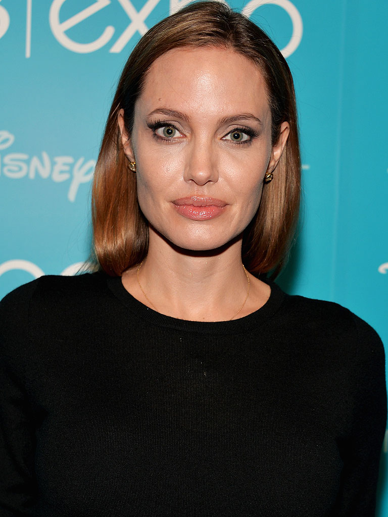 Angelina Jolie: Malefi... Angelina Jolie News