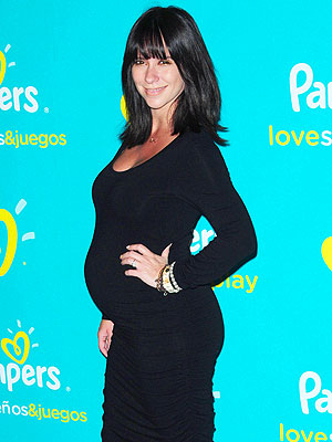 Jennifer Love Hewitt Pregnancy Crazy
