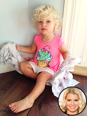 Jessica Simpson Maxwell Drew 15 Months