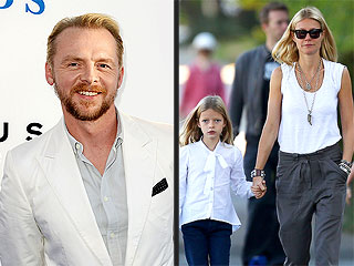 Simon Pegg Claims Muffins Are the Way to Gwyneth Paltrow's Heart