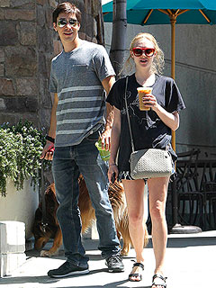Summer Lovin': Amanda Seyfried & Justin Long Take Finn for a Stroll | Amanda Seyfried, Justin Long