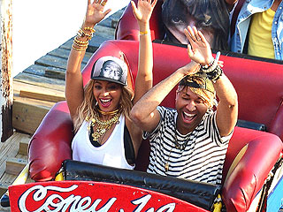 PHOTO: Beyoncé Rides the Cyclone at Coney Island