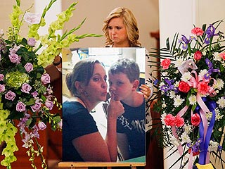 Hannah Anderson Attends Funeral for Mother and Brother