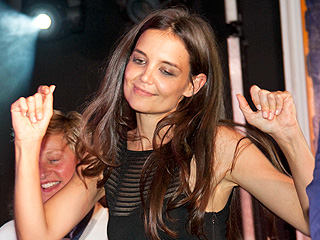 Go Katie! Katie Holmes Busts a Move in the Hamptons | Katie Holmes