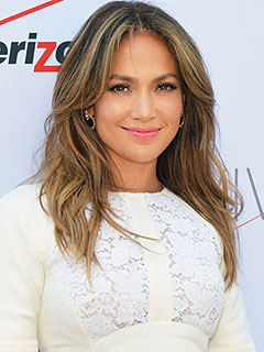 Jennifer Lopez Denies Dating Rumors