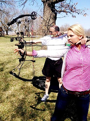 Miss America's Sgt. Theresa Vail Is First Contestant to Expose Tattoos| Miss America Pageant