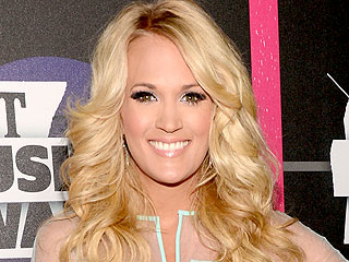 Carrie Underwood Defends Sound of Music Role: 'I Get Hate Tweets'