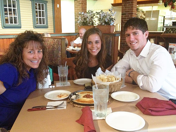 Jessa Duggar Enters Courtship with Ben Seewald| Jim Bob Duggar, Michelle Duggar