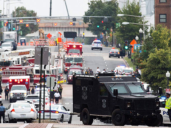 13 Dead in Shooting at Washington Navy Yard| Crime & Courts