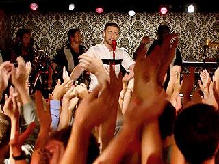 Justin Timberlake Surprises Fans in Hoboken