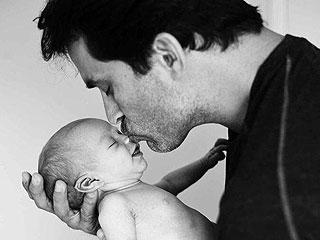 Johnathon Schaech Introduces His Newborn Son | Johnathon Schaech