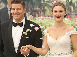 PHOTO: Bones's Booth and Brennan Get Married