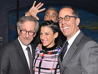 See George Clooney Photobomb Steven Spielberg and Jerry Seinfeld